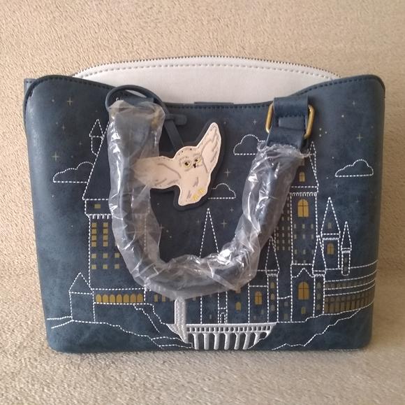 Loungefly Harry Potter Hogwarts Handbag Purse